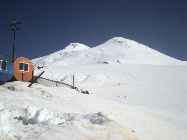 pogled-na-vrh-sa-lednika-garabasi