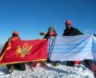 18.Zastave na vrhu Elbrusa_1